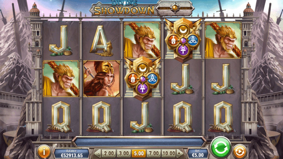 Game slot Divine Showdown
